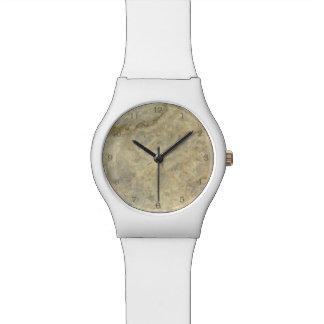 黄褐色の金ゴールドは大理石の石造りの終わりを縞にしました 腕時計