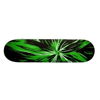 黒いおよび緑の稲妻のスケートボード スケボーデッキ