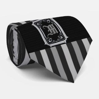 黒いおよび銀製灰色のストライプのバックルのモノグラム タイ