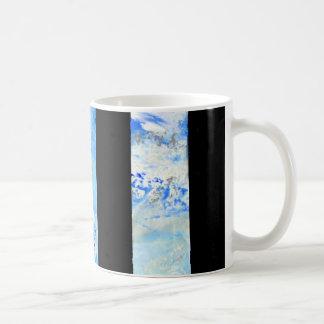黒いおよび青い縞のコーヒー・マグ コーヒーマグカップ