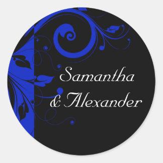 黒いですかロイヤルブルーの逆の渦巻の結婚式 丸型シール