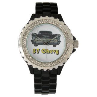黒いエナメルの腕時計が付いている57 Chevyのラインストーン 腕時計