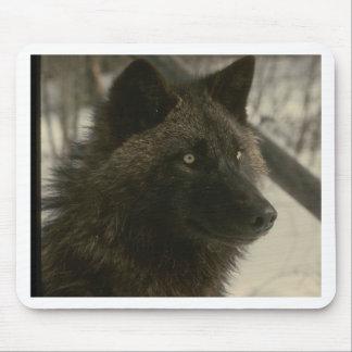 黒いオオカミ マウスパッド