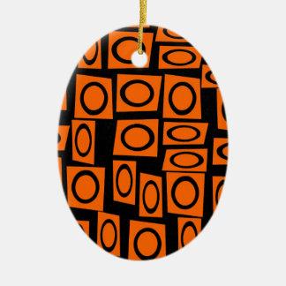 黒いオレンジおもしろいの円の正方形パターンギフト セラミックオーナメント