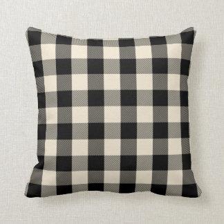 黒いギンガムの枕 クッション