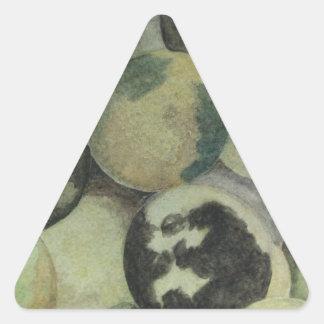 黒いクルミ 三角形シール