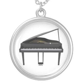 黒いグランドピアノ: ネックレス