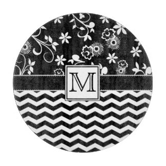 黒いシェブロンおよび花のモノグラムのまな板 カッティングボード