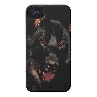 黒いジャーマン・シェパード Case-Mate iPhone 4 ケース