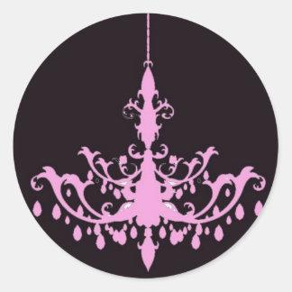 黒いステッカーのピンクのシャンデリア ラウンドシール