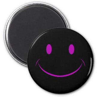 黒いスマイリーフェイスの磁石 マグネット