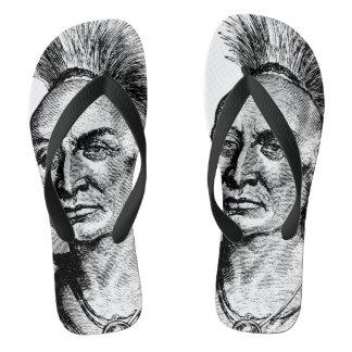 黒いタカの原産のアメリカインディアンの戦士 ビーチサンダル