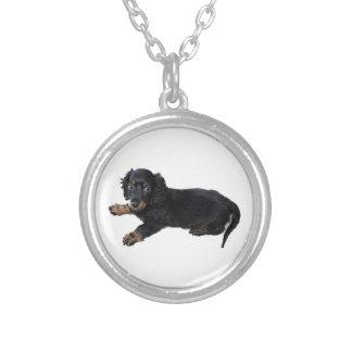 黒いダックスフントかコッカースパニエルの子犬 シルバープレートネックレス