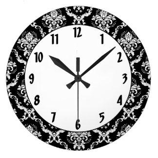 黒いダマスク織のエレガントな白 ラージ壁時計
