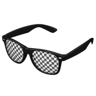 黒いチェッカーボードパターン レトロサングラス