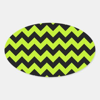 黒いネオン緑のシェブロン 楕円形シール