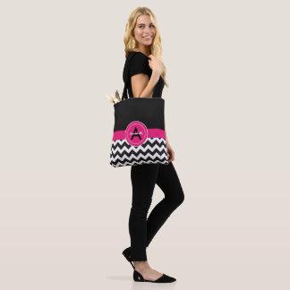黒いピンクのシェブロン トートバッグ