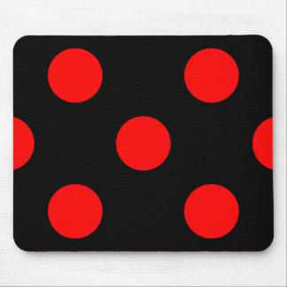黒いマウスパッドの赤い水玉模様 マウスパッド