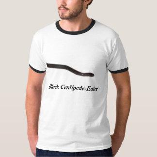 黒いムカデ食べる人の信号器のTシャツ Tシャツ