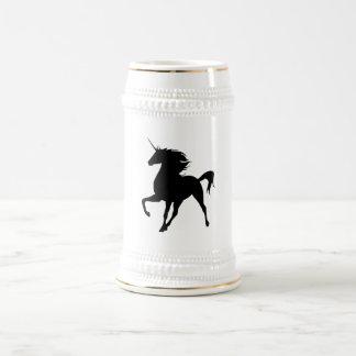 黒いユニコーンのシルエットステイン ビールジョッキ