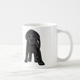 黒いラブラドルの子犬のマグ コーヒーマグカップ