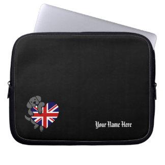 黒いラブラドール及びイギリスの旗のハート2の漫画 ノート型パソコンスリーブケース