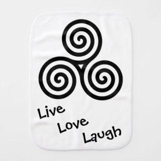 黒い三重の螺線形生きている愛笑い バープクロス