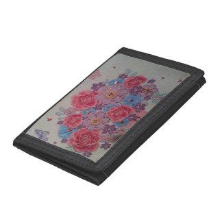 黒い三重ナイロン財布で赤い数々のピンクのバラ