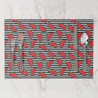 黒い及び白のストライプパターンのスイカ ペーパーランチョンマット