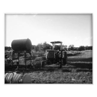 黒い及び白のトラクター フォトプリント