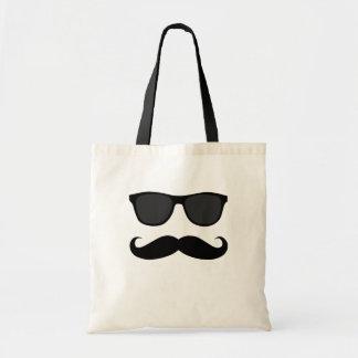黒い口ひげおよびサングラスのユーモアのギフト トートバッグ