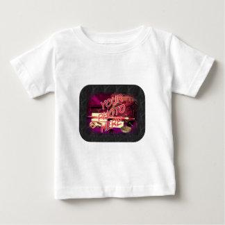 黒い大理石フレームのテンプレート ベビーTシャツ