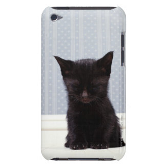 黒い子ネコの睡眠 Case-Mate iPod TOUCH ケース