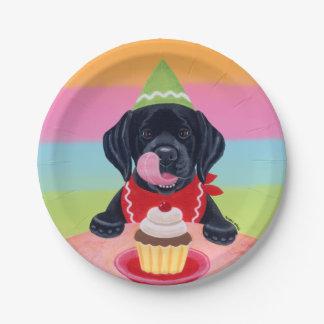 黒い実験室の子犬の誕生日のカップケーキの紙皿 ペーパープレート
