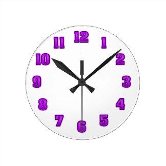 黒い時計のテンプレートの紫色 ラウンド壁時計