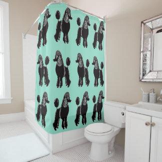 黒い標準プードルの水のミントのシャワー・カーテン シャワーカーテン