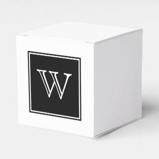 黒い正方形のモノグラムの好意箱 フェイバーボックス