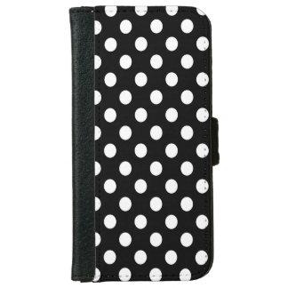 黒い水玉模様の白 iPhone 6/6S ウォレットケース