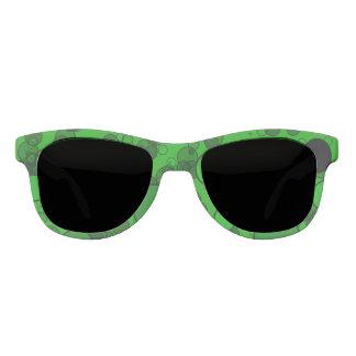 黒い点との緑 サングラス