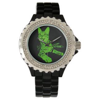 黒い王位および緑の腕時計 腕時計