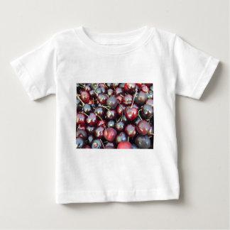黒い真珠のさくらんぼ ベビーTシャツ
