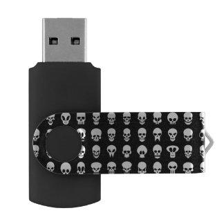 黒い背景のスカル USBフラッシュドライブ