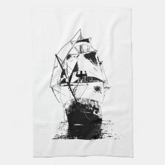 黒い船のシルエット キッチンタオル
