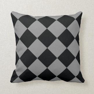 黒い薄い灰色のダイヤモンドのモダンで幾何学的なパターン クッション