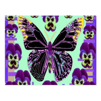 黒い蝶Sharles著紫色のパンジーの芸術 ポストカード