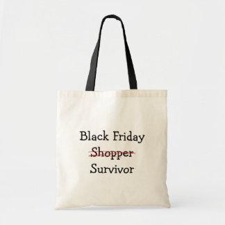 黒い金曜日の買物客の生存者のギアおよびTシャツ トートバッグ