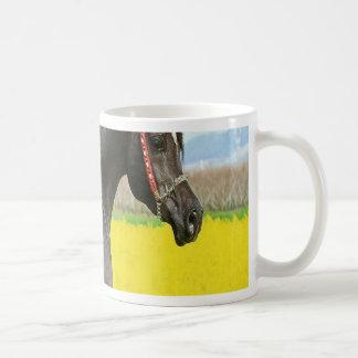 黒い馬 コーヒーマグカップ