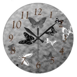 黒いnの白の蝶 ラージ壁時計