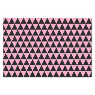 黒およびカーネーションのピンクの三角形 薄葉紙