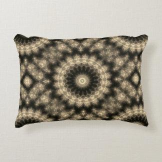 黒およびタンのセピア色パターン装飾用クッション アクセントクッション